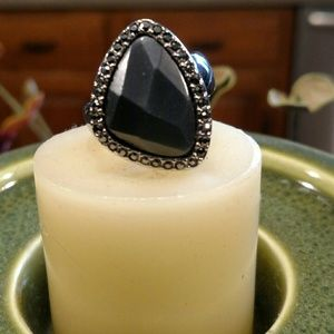 Lia Sophia Ring Size 9-NWT